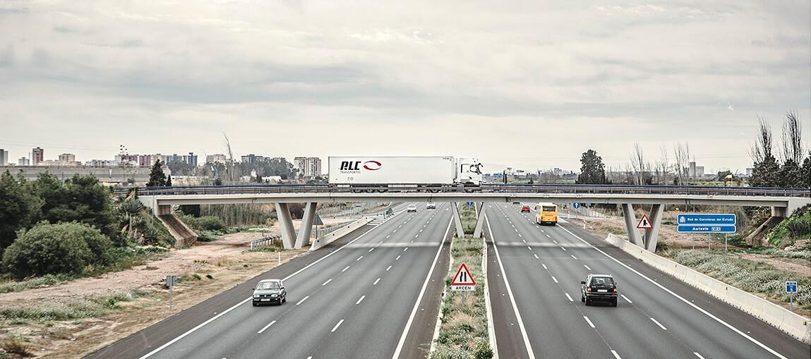 Elige una compañía de confianza como RLC Transportes